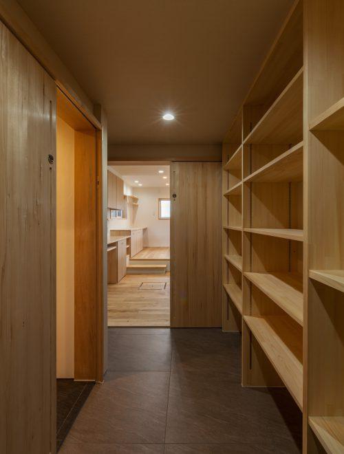 田切の家縦イメージ04