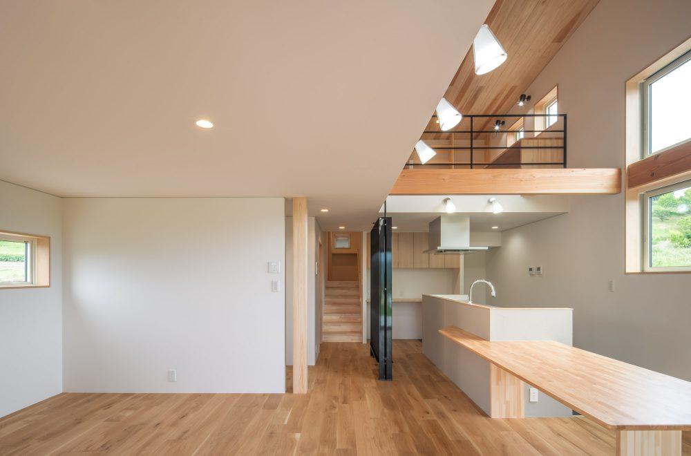 傾斜地に建つ眺望の家イメージ10