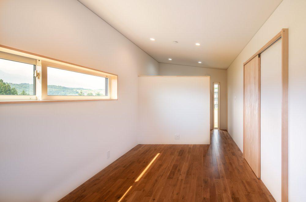 傾斜地に建つ眺望の家イメージ05