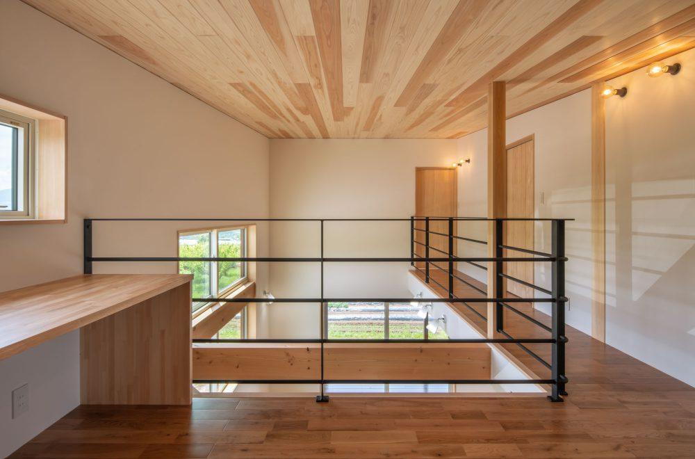 傾斜地に建つ眺望の家イメージ04