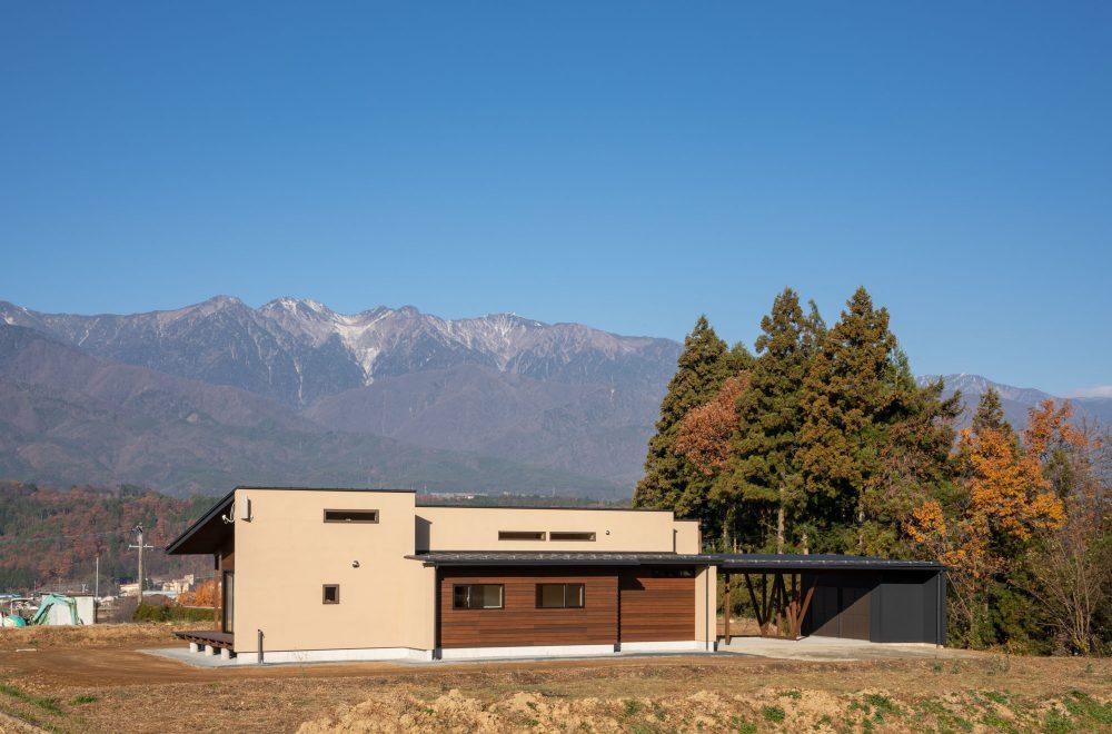 中央アルプスを望む家イメージ